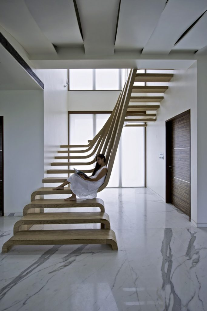 Escaliers aux sommets de la d co icone magazine for Escalier beton design